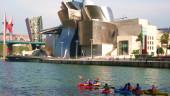 vista previa del artículo Observa el gran Bilbao desde una piragua