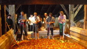 vista previa del artículo X Semana de la Sidra en el Caserío Museo Igartubeiti de Ezkio – Itsaso