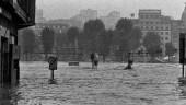 vista previa del artículo BilbaoHistoriko reconoce a los comercios que han conmemorado el aguaduchu de 1983